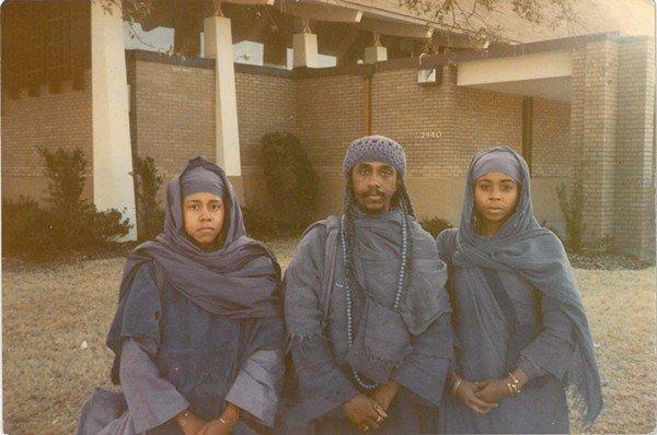 IN 1987: The Rev. K.B. Kedem is flanked by Seraph Kedem (left) and Shakeenah Kedem (right). - COURTESY SHAKEENAH KEDEM-FENTIS