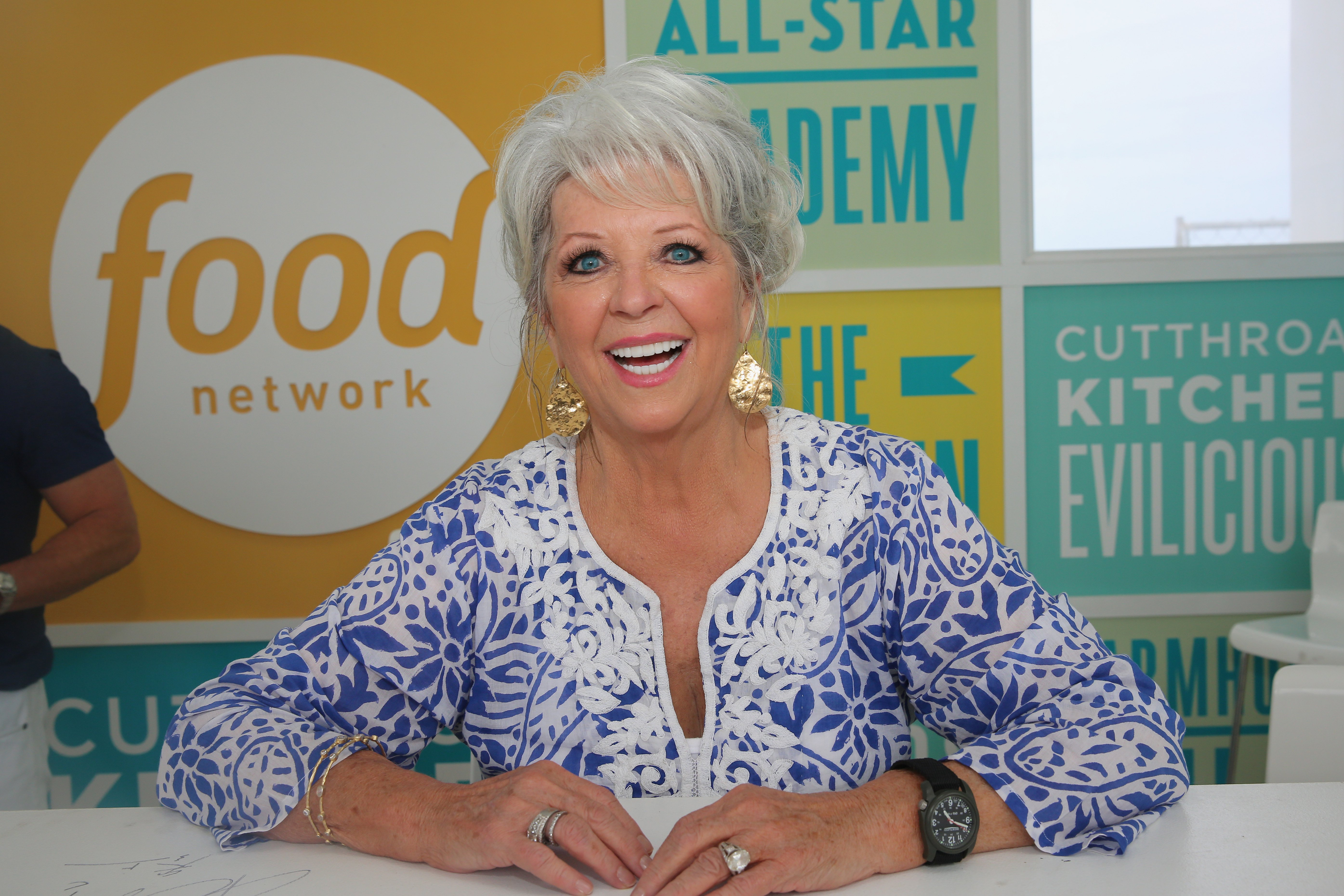 Paula Deen Coming To Rogers For Book Signing