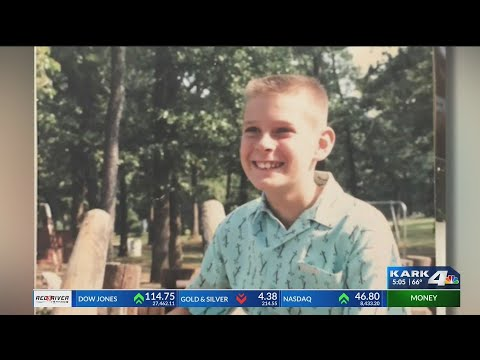 VIDEO: Man learns about dad through 23 and Me