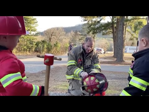 VIDEO: Heber Springs boys watch fire fighter hero in action