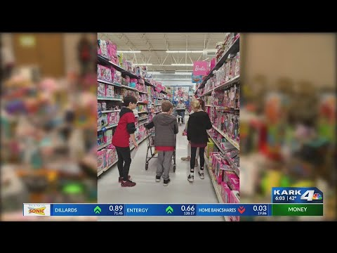 VIDEO: Local school helping bring Christmas to those in need