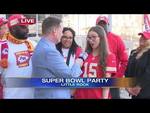 Watch: Pat interviewing fans