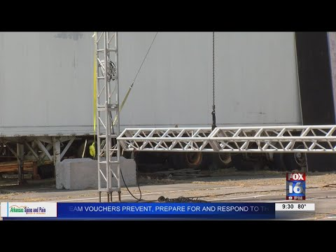 Watch: Local business turning parking lot into drive-in movie theater
