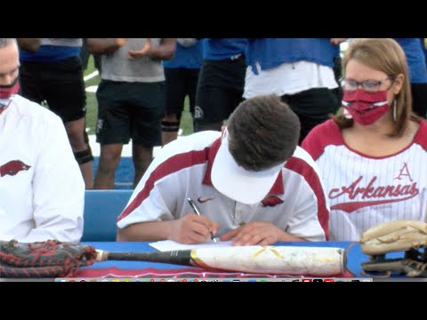 Watch: Pitcher Austin Ledbetter reacts to signing with Razorbacks
