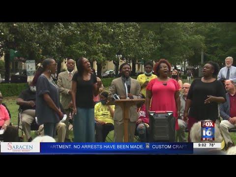 Watch: Hot Springs Hosts Peace Vigil on One Year Anniversary of George Floyd's Death