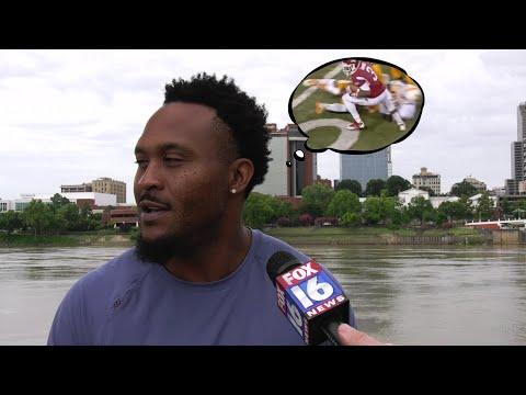 Watch: Razorback greats Jarius Wright, Joe Adams start camp in Central Arkansas