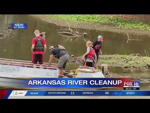 Watch: Volunteers descend on Burns Park for Great Arkansas River Cleanup