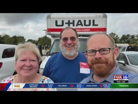 Watch: Arkansas co-workers sidelined by Southwest Airlines cancelation take U-Haul home